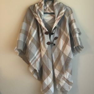 NWOT • Poncho Sweater Plaid